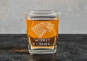"Gra o Tron  ""Whiskey is coming ""szklanka do whiskey"